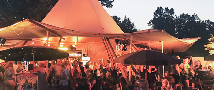 Sinnflut Modenschau & Ginflut Unsere Gewandhausbühne
